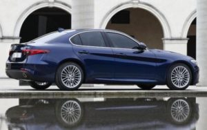 Alfa-Romeo_Giulia_13-large_trans++oCnS-M_EFtY10uAo5-NzRwrNQDtk__qsDCA6NEUmC84