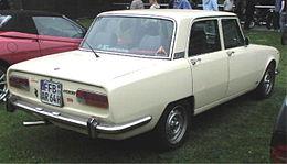 alfa-Alfa-Romeo_2000_02