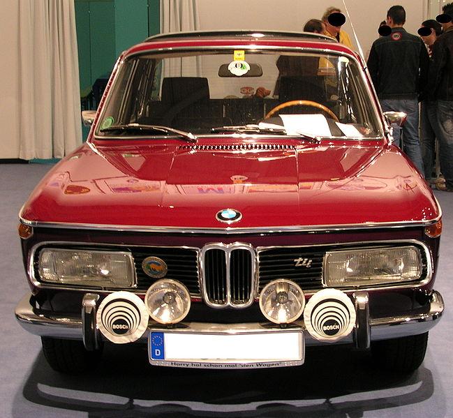 alfa-BMW_2000_tii_v