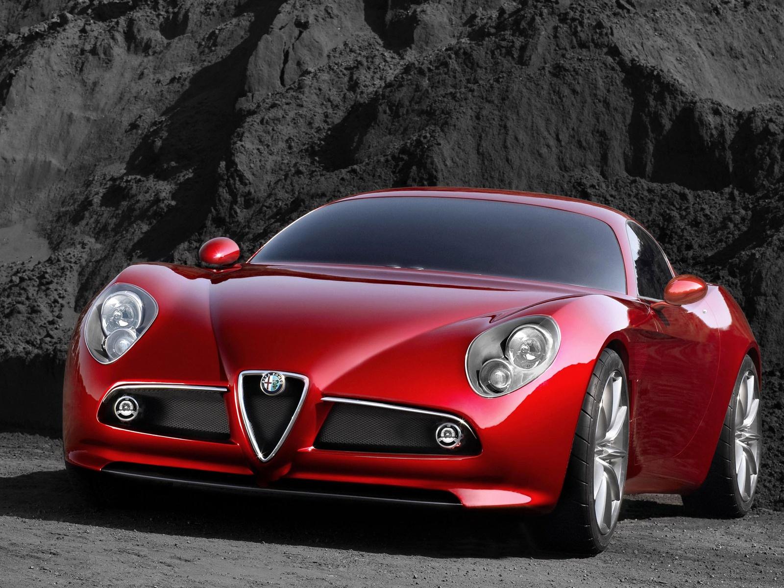 alfa-Romeo-8C-Competizione-002