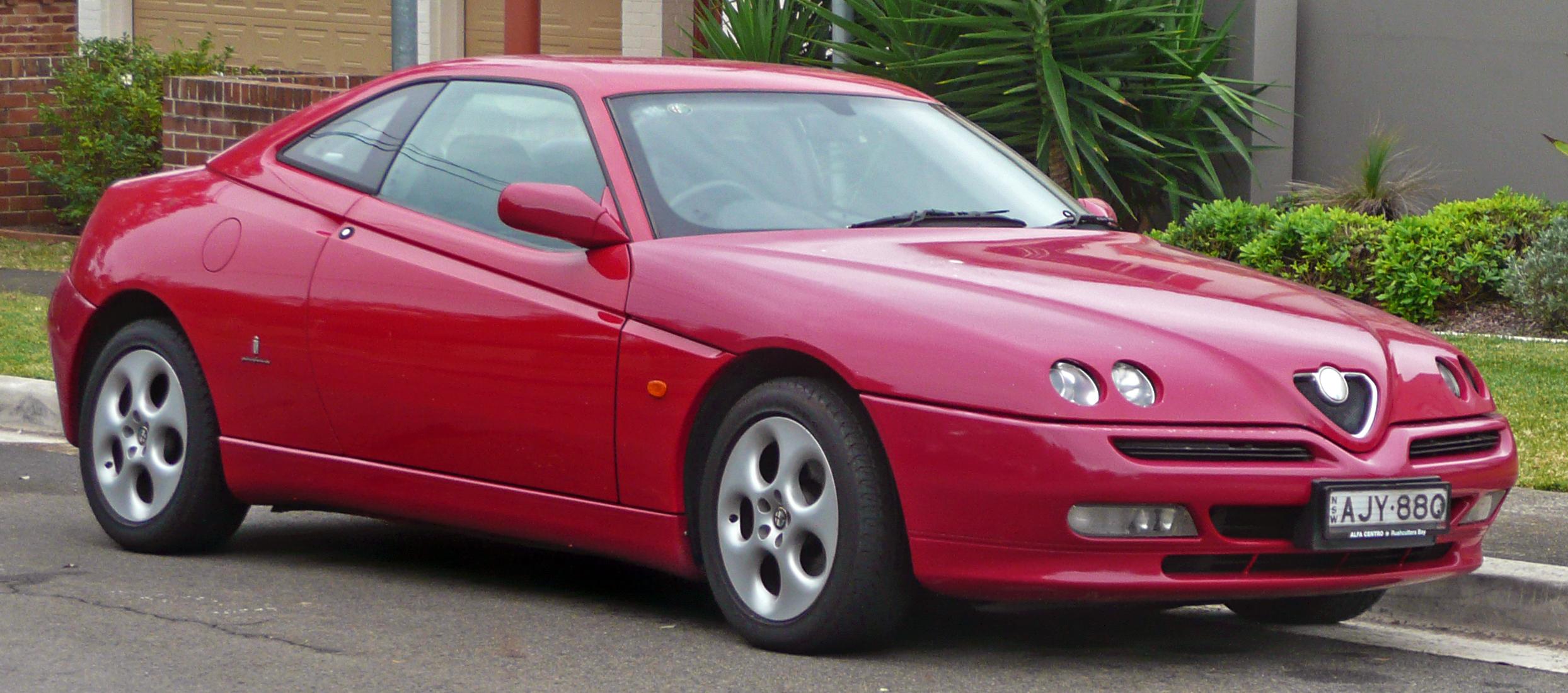 alfa_Romeo_GTV_Twin_Spark_coupe_01