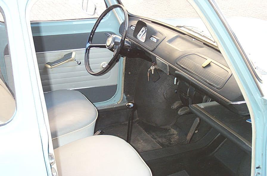 auto-1963_Simca_1000_-_interior