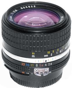 foto-Nikkor28mmf2-8