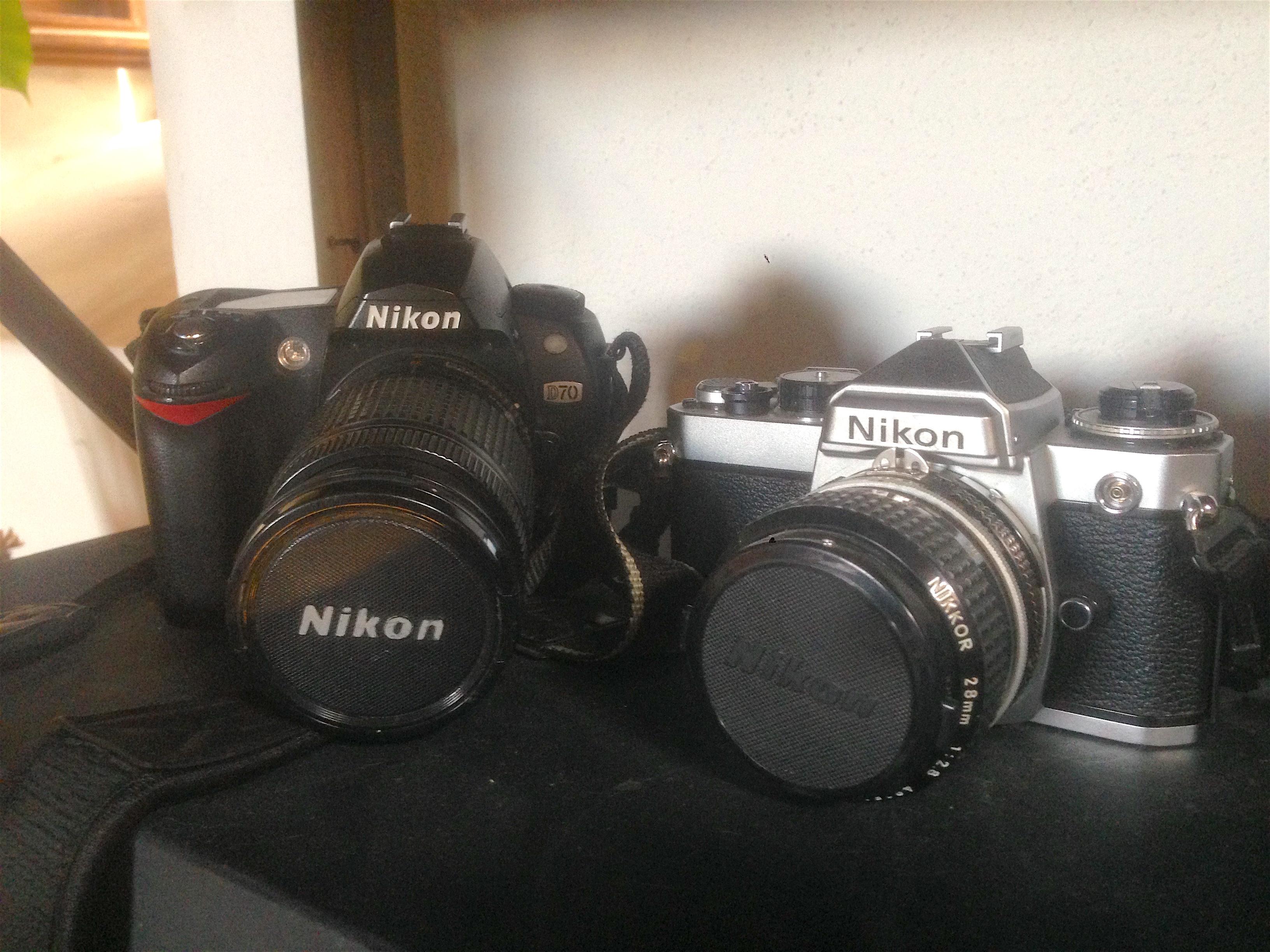 Nikon D70_Nikon FE