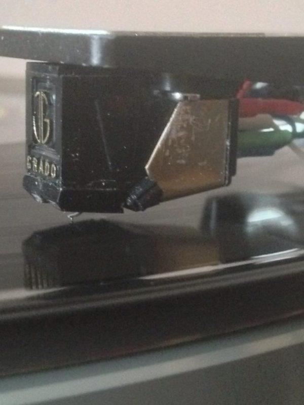 grado-gold-black2b-600x800
