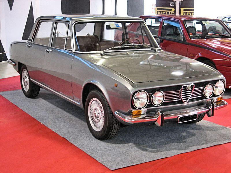 alfa--Alfa_Romeo_1750_berlina_grey-front
