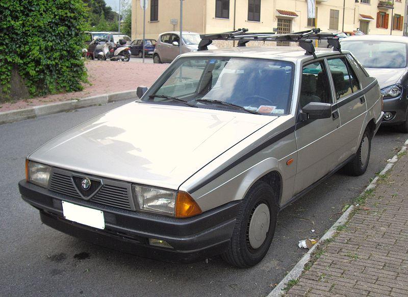 alfa-Alfa_Romeo_75_RWD