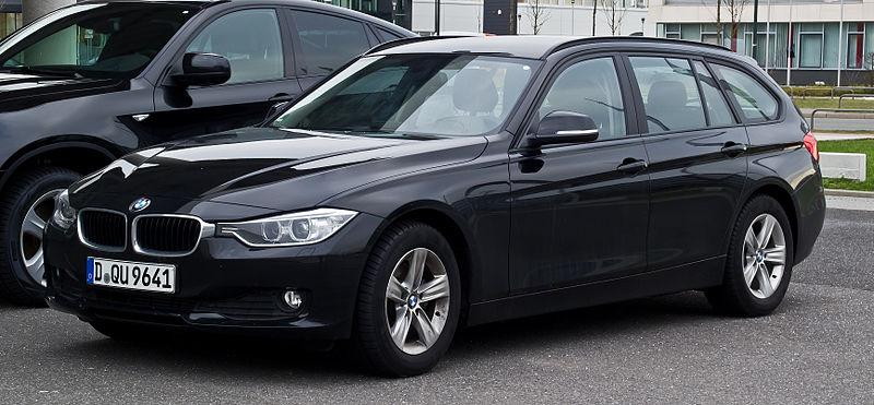 alfa-BMW_320d_Touring_(F31)_–_Frontansicht,_11._Februar_2013,_Düsseldorf