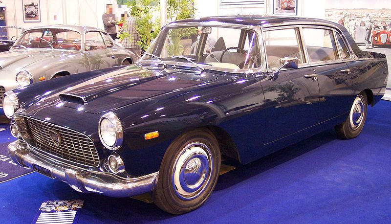 alfa-Lancia_Flaminia_Berlina_blue_vl_TCE