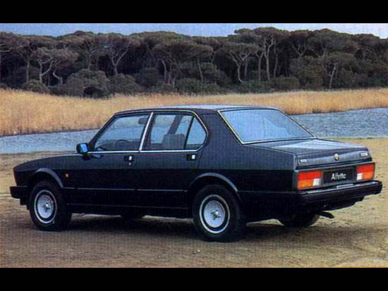 alfa-alfetta019-1983-QO
