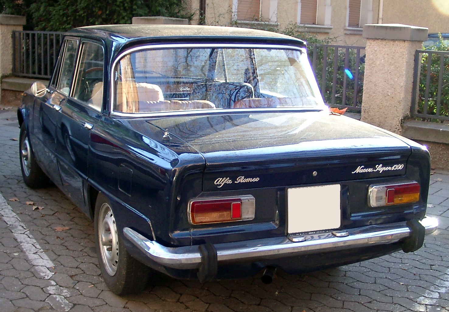 auto-Alfa_Romeo_Giulia_Nuova_rear