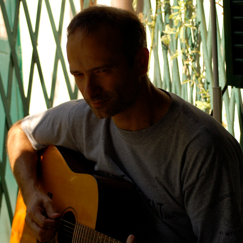 musica-pasq_guit06