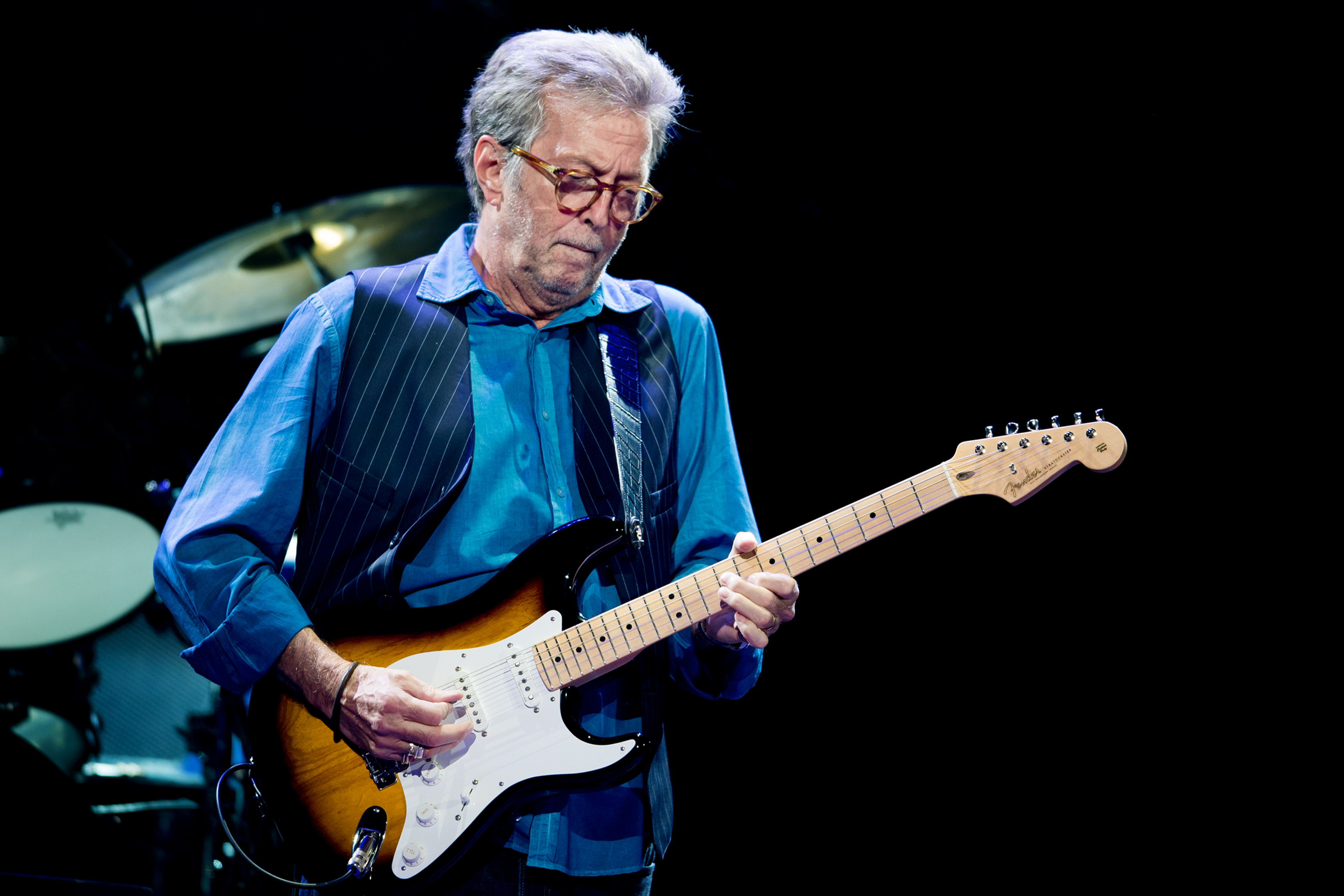 LONDON, ENGLAND - MAY 14: Eric Clapton performs at Royal Albert Hall on May 14, 2015 in London, United Kingdom (Photo by Neil Lupin/Redferns via Getty Images)